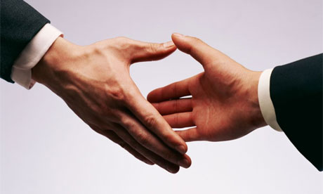 3 Handshakes to Make a WOW Impression